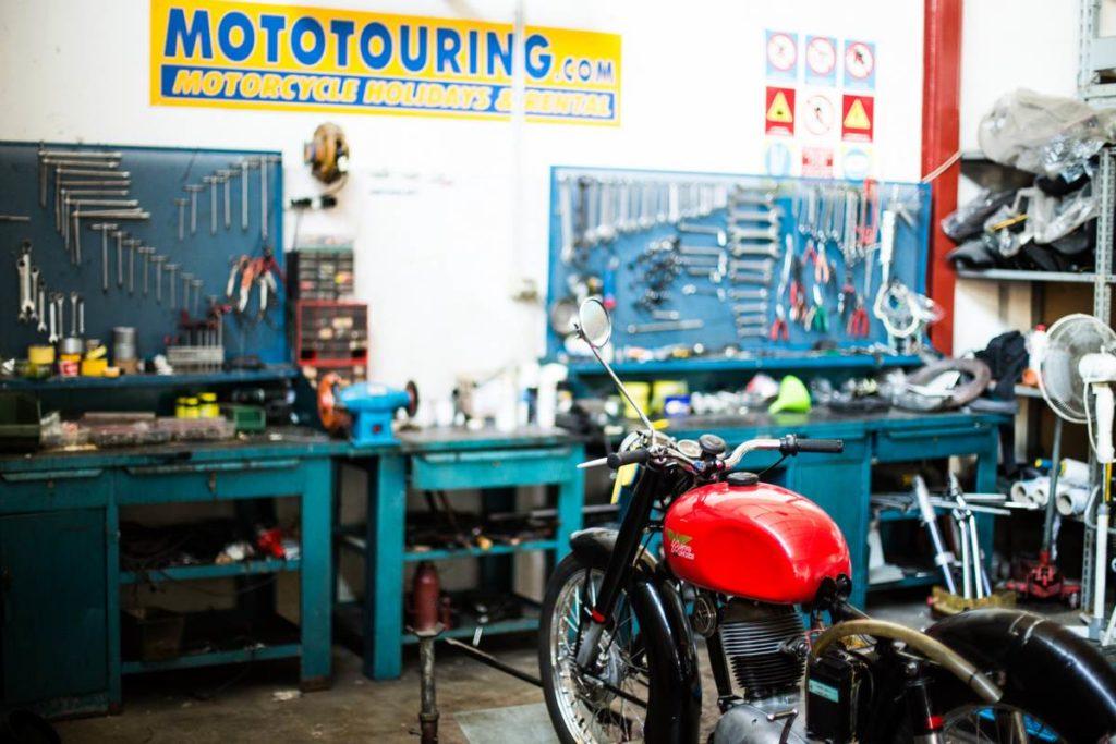 moto touring epoca-9821